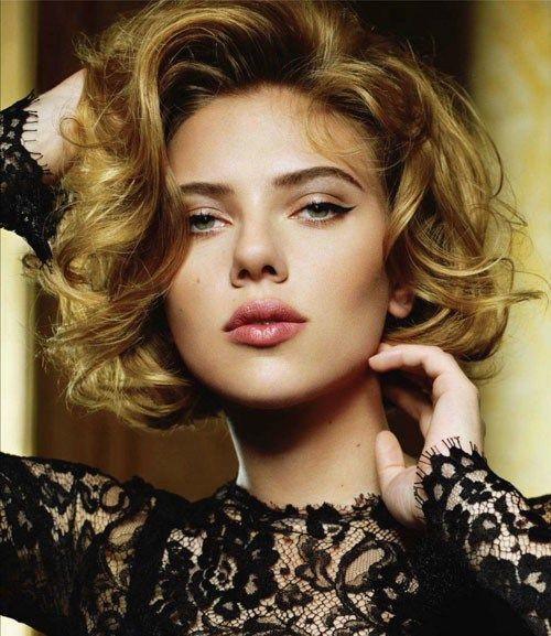 curly bob hairstyle for thick hair, Scarlett Johannsen