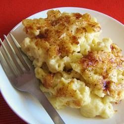 Homemade Mac and Cheese ~ This is a nice rich mac and cheese. Serve with a salad for a great meatless dinner. Hope you enjoy it