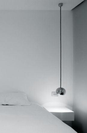 Pablo Barrera Architects | Wonderwall | renovation of a small one bedroom apartment | © Alexandre Van Battel (altered)
