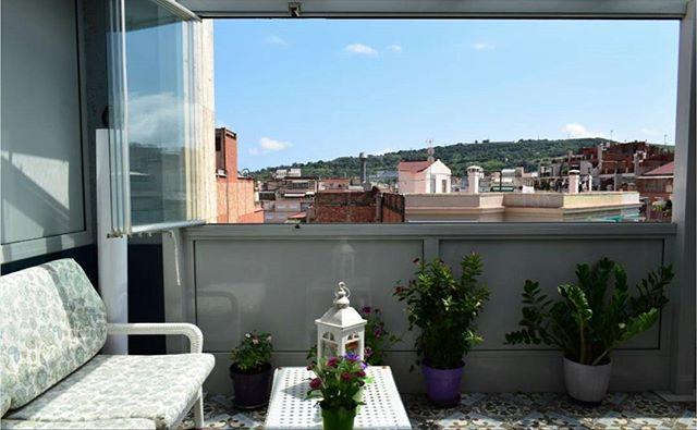 Piso en venta junto a la📍 Nova Esquerra de l'Eixample de: 100m2 útiles  3 habitaciones 🛏  2 baños 🛁 Cocina office 🍽 Garaje incluido🚗 Terraza Ascensor (Ref. AGL-1010) Más info 👉🏻 info@casahabitat.cat . . . . #CasaHabitat #Barcelona #IgersBarcelona #IgersBcn #igbcn #viviendas #propiedades #inmobiliaria #inmuebles #realestate #barcelonaproperties #chalet #casas #alquiler #terreno #venta #promocion #compra #apartamentos #home #realestateagent #compraventa #lloguer #rentals #sales #deco…