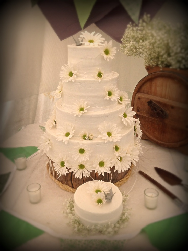 Boho Chic Wedding Cake  Get your invitations to match here: http://www.digbyrose.com/  #digbyrose