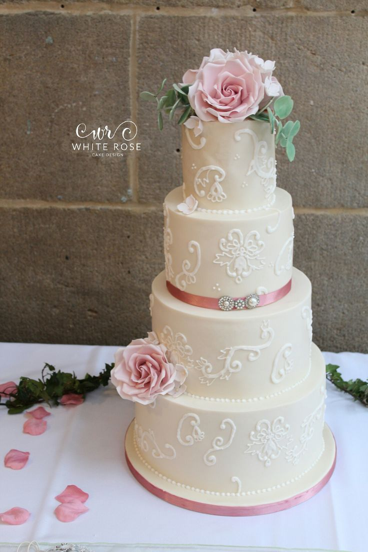 Design Your Own Cake Leeds : 17 Best ideas about 4 Tier Wedding Cake on Pinterest ...