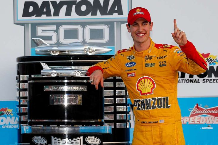 Place your bets: Vegas odds for 2017 Daytona 500:     6. Joey Logano, 12‐1:   The 2015 Daytona 500 winner will give Team Penske a good shot at winning the Great American Race.