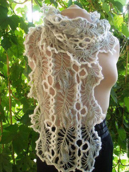 Купить или заказать шарф из мохера Серый и белый в интернет-магазине на Ярмарке Мастеров. Шарф выполнен из лент, связанных на вилке и соединенных крючком. Белая отделка придает свежесть серому цвету. Шарф легкий,воздушный, но в то же время и теплый. На заказ можно сделать шарф в любом цвете и размере.