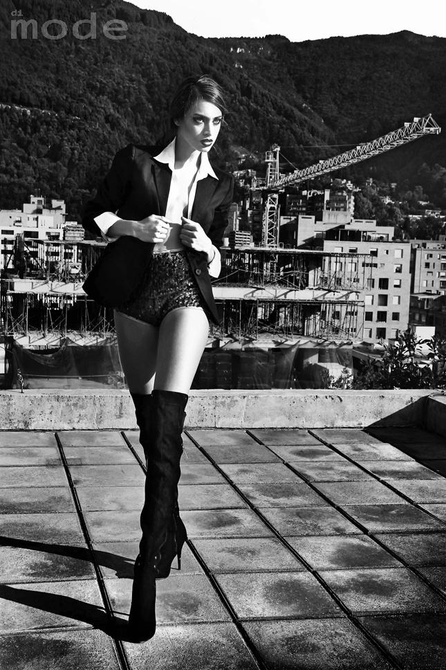 Laura Archbold by Di Mode. Foto EL Gato for Di Mode. Producción, arte y styling: Nina Nillà. Maquillaje: Andrés Paez