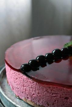 Pistachio: Délice au cassis czyli klasyczne, francuskie ciasto z czarnej porzeczki.