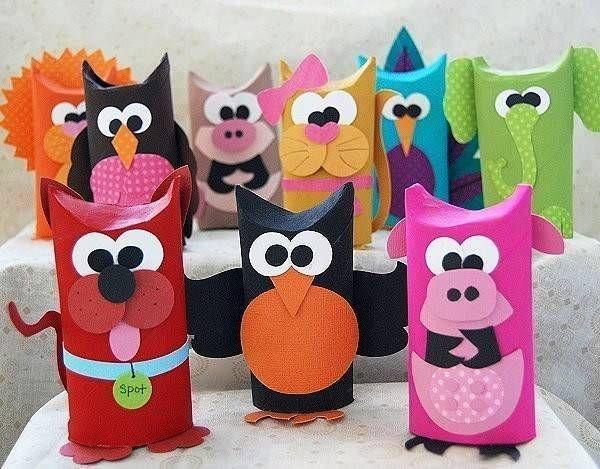 Embalagem feitas com rolo de papel higiênico