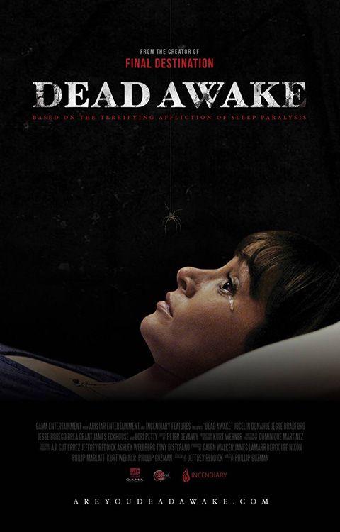 """DEAD AWAKE  Finalmente uno spunto diverso dal solito per un film d'orrore mainstream, ma… Cos'è quella strega con i capelli neri che striscia per terra? E cosa sono quei """"bubu-settete"""" inutili? E perché tirare in ballo i soliti riti antichi? Insomma, alla fine è l'ennesima solita minestra riscaldata (peraltro anche male).  RSVP: """"Final Destination"""", """"The Nightmare"""".  Voto: 4."""
