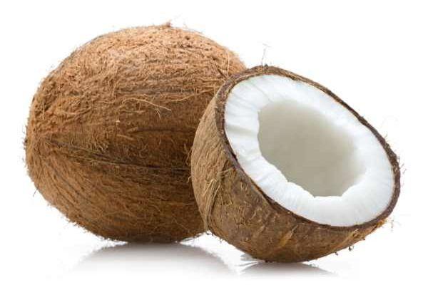 Kokosöl ist ein essentieller Bestandteil in der Paleo Ernährung. Es ist super gesund und eignet sich zum Kochen, Backen und Braten.