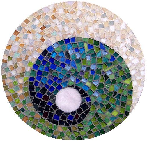 Mosaic swirl mosaics pinterest mosaics easy and for Easy mosaic designs