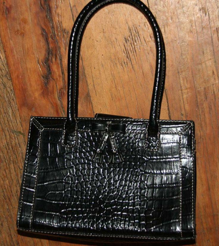 Gorgeous Liz Claiborne Black Faux Crocodile Purse Baguette Evening Handbag W Bo Lizclaiborne