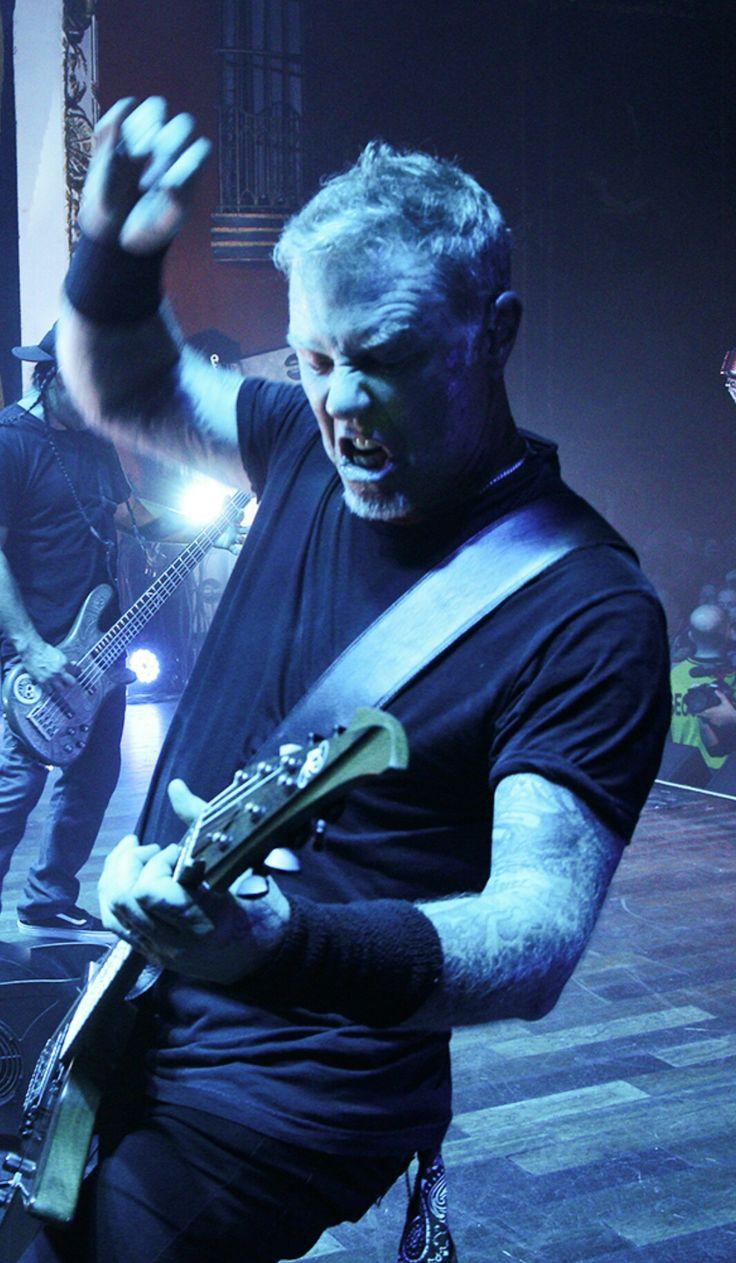 James Hetfeild-Metallica.........