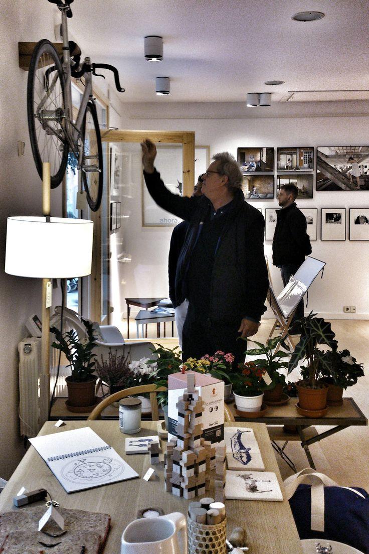 less is better shop : design at La Floresta, Barcelona