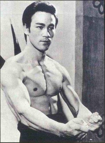 Bruce Lee - bruce-lee Photo #brucelee #kungfu