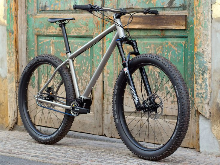 jeronimo-cycles_ti-mtb-pinion_275titanium-off-road-adventure-hardtail-mountain-bike_3-4