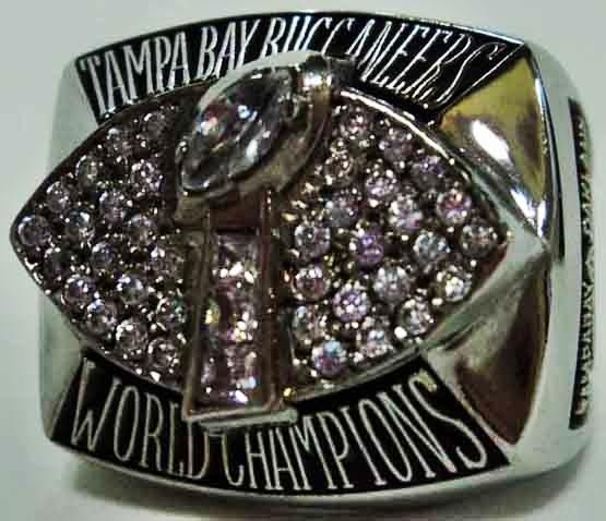 2002 Tampa Bay Buccaneers NFL Super Bowl Championship Replica Rings.