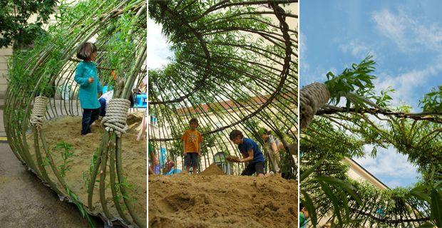 Parco giochi vivente: una piccola oasi tra tralicci di salice e sabbia - Vienna - Austria