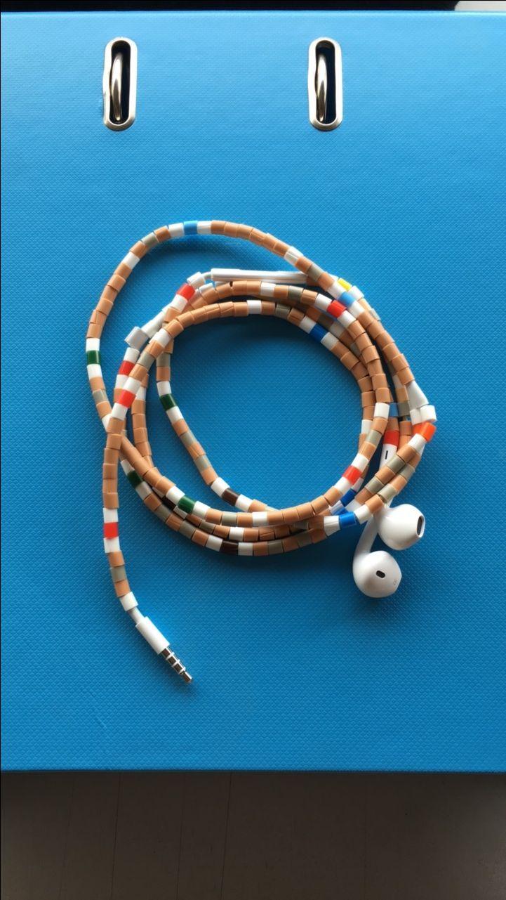#apple #earpod #iphone #lightning #perler #tanglefree @tangleresistant always playing