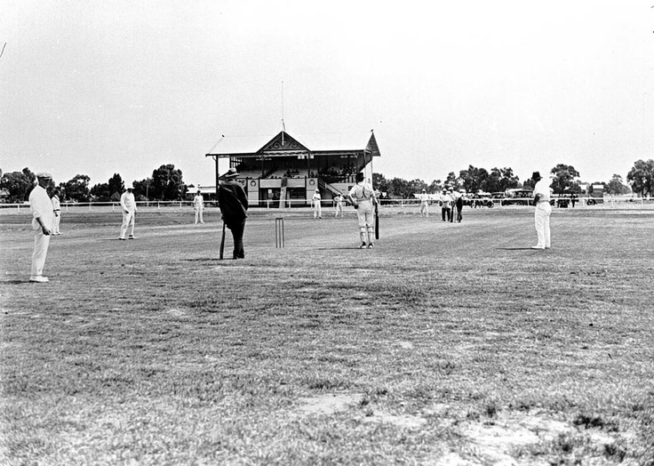A cricket match between Warracknabeal and Horsham. This was the first game played on turf at Anzac Park, Warracknabeal, 1922