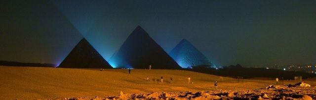 Heeft een Franse egyptoloog een alien-mummie ontdekt in een geheime kamer in de Piramide van Cheops? - http://www.ninefornews.nl/alien-mummie-ontdekt-in-geheime-kamer-in-piramide-van-cheops/