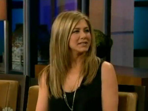 Jennifer Aniston Talks Adopting with Justin Theroux on 'The Tonight Show' (VIDEO)