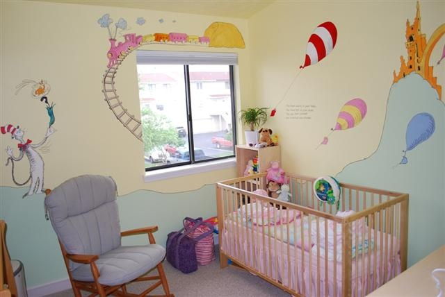 Dr Seuss baby room