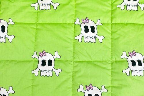 Green Skull Cot Quilt – Bump & Bunny