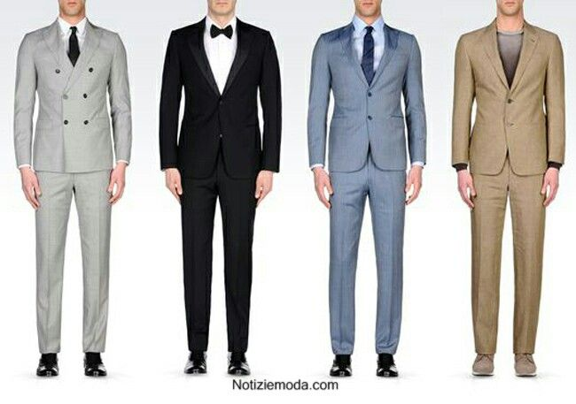 Da sinistra: 1)Completo grigio chiaro, con giacca a doppiopetto con rever a scialle. 2)Completo nero a un petto con rever a scialle. 3)Completo blu chiaro a un petto con rever a scialle. 4)Completo giallo-sabbia a un petto con rever a scialle.