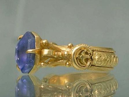 Ring, gold and stone. Lindesberg, Sweden 14th century