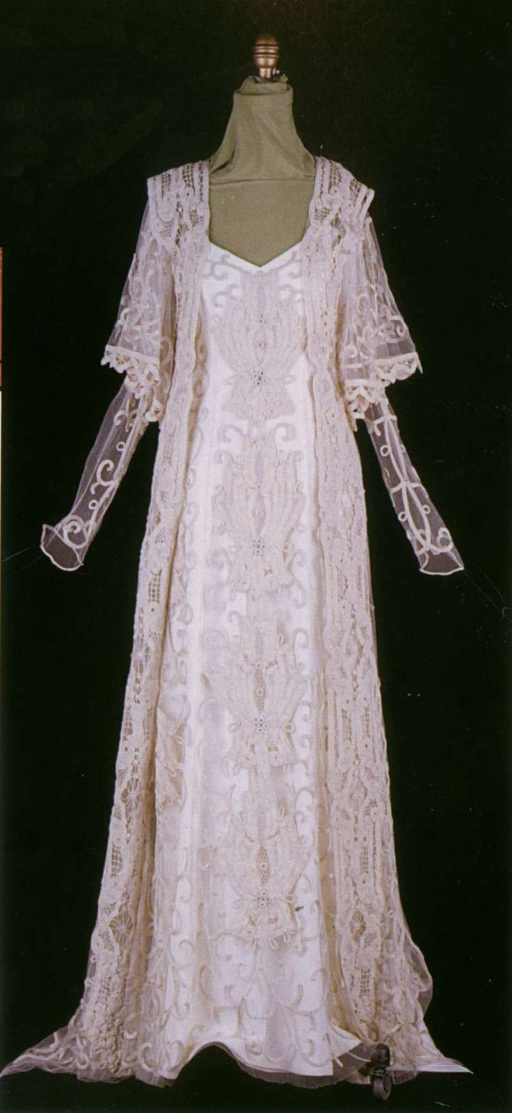 Attack of the Clones - Wedding Dress-- Been in love with this dress since the movie first came out! :)