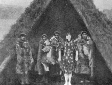 Ahnikin personifica a Short. Puppup, Halimink, Minkiyolh, Hatah