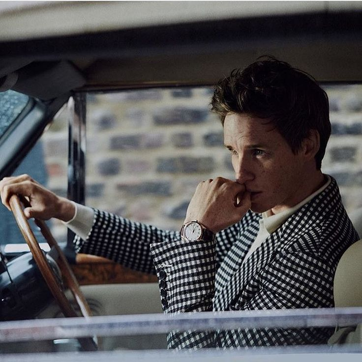 いいね!4,771件、コメント16件 ― Eddie Redmayne ❤️さん(@amazingeddieredmayne)のInstagramアカウント: 「A nice reminder the other day by the photographer @andersovergaardphotography of this glorious…」