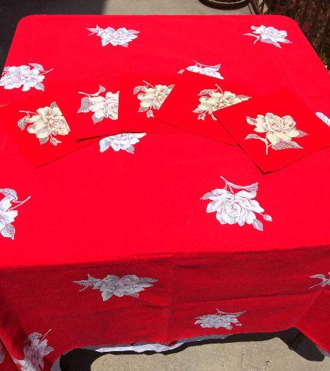 """Wilendur holiday tablecloth and napkins set Christmas vintage linens 55 x 66"""""""