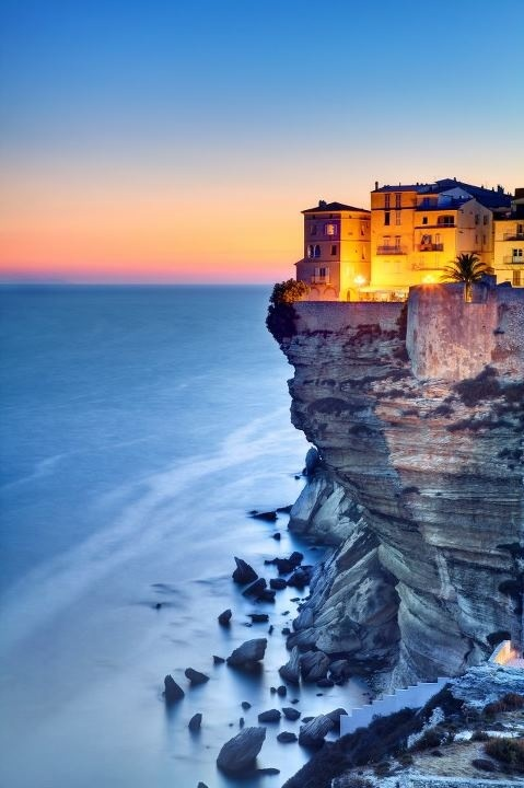 Bonifacio, Korsika, Frankreich. Yes, there is a city named Bonifacio in France! On my bucket list.