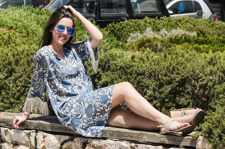 Look effortlessly chic wearing this blue caftan in the summer... see more on :Look effortlessly sexy