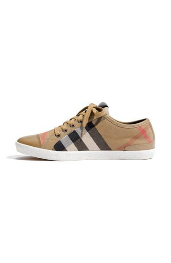 burberry ~ Oooooo I want these <3