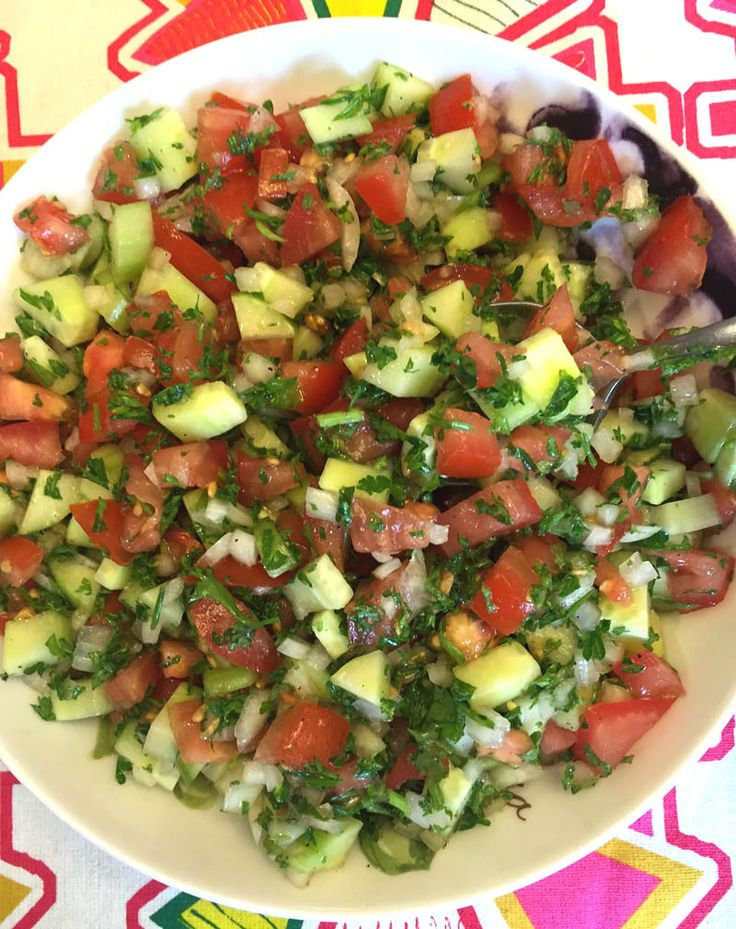 This authentic Israeli salad is made with diced tomatoes, cucumbers, onion and parsley, and dressed with the extra-virgin olive oil and freshly squeezed lemon juice. So fresh, so crunchy, so delicious and so healthy - …