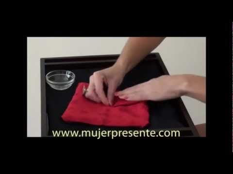 Decorando con Cristina Silva, tres formas de doblar las servilletas para Navidad y Año Nuevo