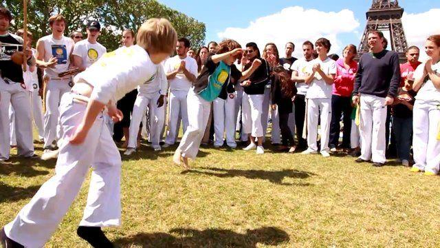 Rentrée Scolaire 2013-2014 Capoeira-paris pour enfants 7 à 12 ans : http://www.capoeira-paris.net/cours-capoeira-pour-enfants-paris.html
