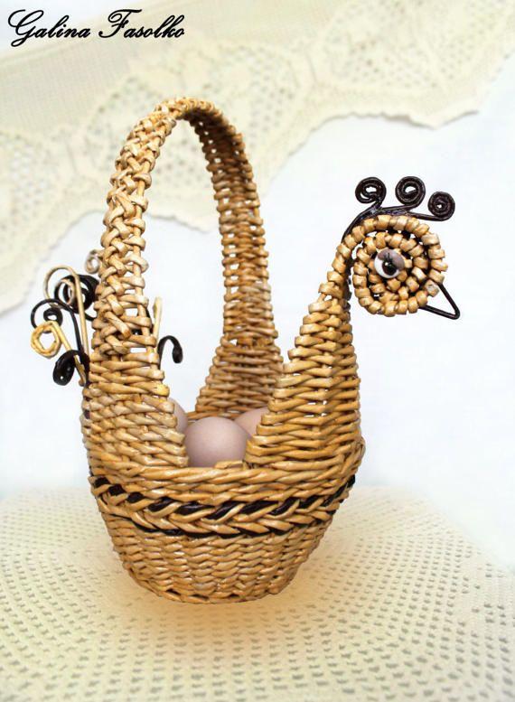 Easter basket/small wicker basket/ Unique easter baskets/Easter baskets for adults/Made easter basket/ chicken basket/gift for Easter