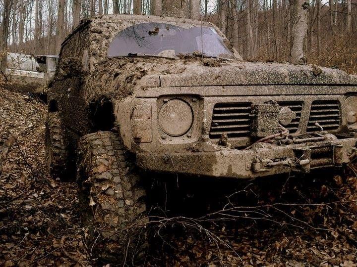 nissan patrol gr dans la boue