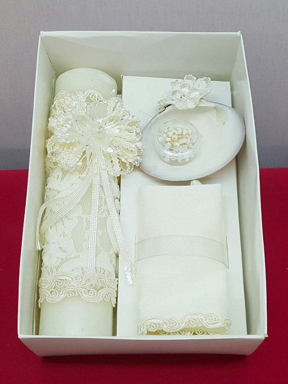 Check out this item in my Etsy shop https://www.etsy.com/listing/276481432/christening-baptism-decorated-candle