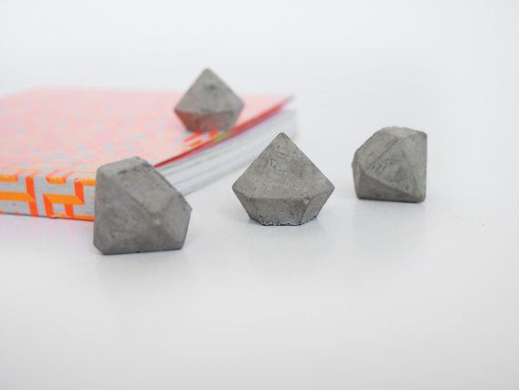 Set of 5 mini concrete diamonds | FrauKlarer on Etsy