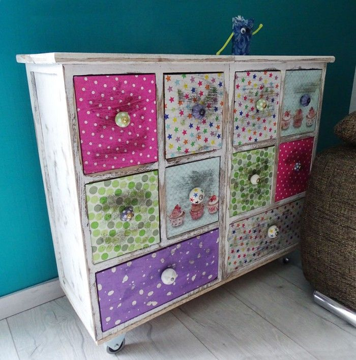 die besten 25 decoupage kommode ideen auf pinterest. Black Bedroom Furniture Sets. Home Design Ideas