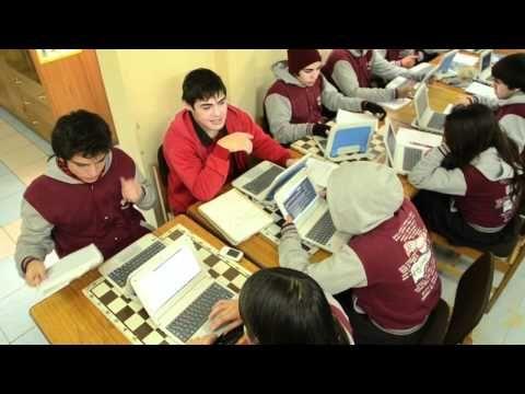 """▶ """"El Colegio del Futuro"""" - YouTube"""