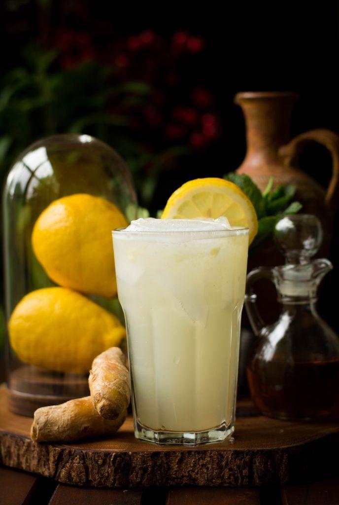 Falten Sie Ihre Limonade Spiel in diesem Sommer, indem sie 4 Wege: Altmodisch, Minze, Mango Basil und Ingwer. Vegan GF Yumm!