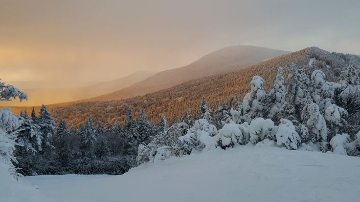 Caught the Sunset today at Killington Mountain Vermont [5312x2988] [OC]