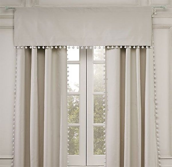 pretty: Pom Pom Curtains, Restoration Hardware Baby, Pompom, Pom Pom Linens Cotton, White Bedrooms, Window Treatments, Baby Rooms, Linens Cotton Valances, Girls Rooms