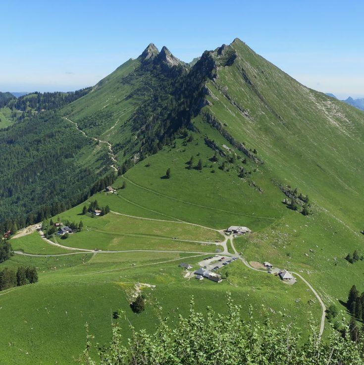 La Dent de Jaman, randonnée d'été depuis le col de Jaman en dessus de Montreux dans le canton de Vaud