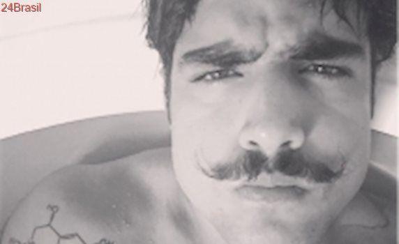 Caio Castro compara personalidade de seu personagem em Novo Mundo com sua vida pessoal: - Não pego quem eu quero